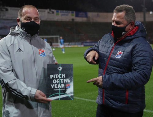 "SpVgg Unterhaching erhält ""Pitch of the Year"" Award"
